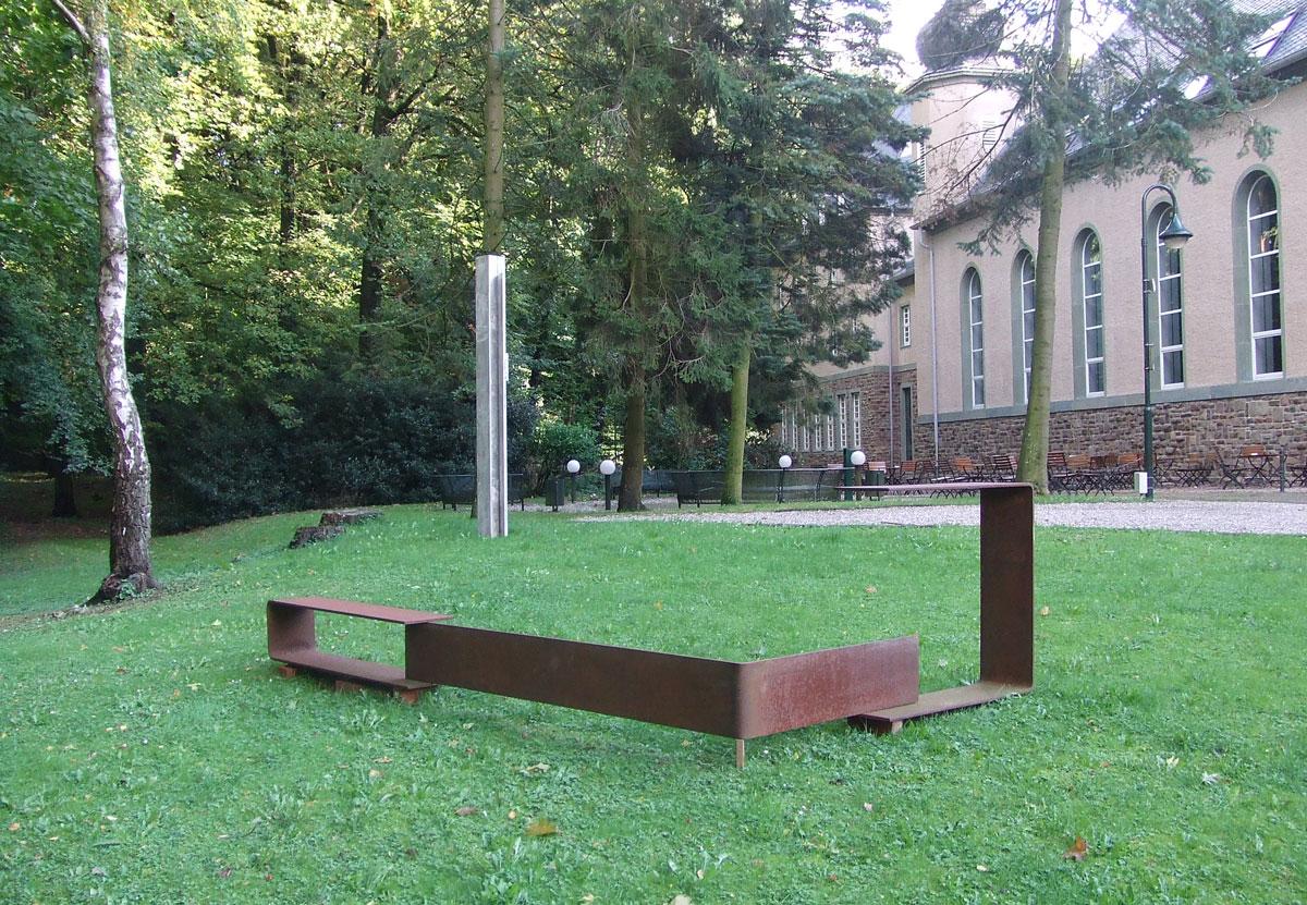 Karl Günter Wolf: Raumklammer