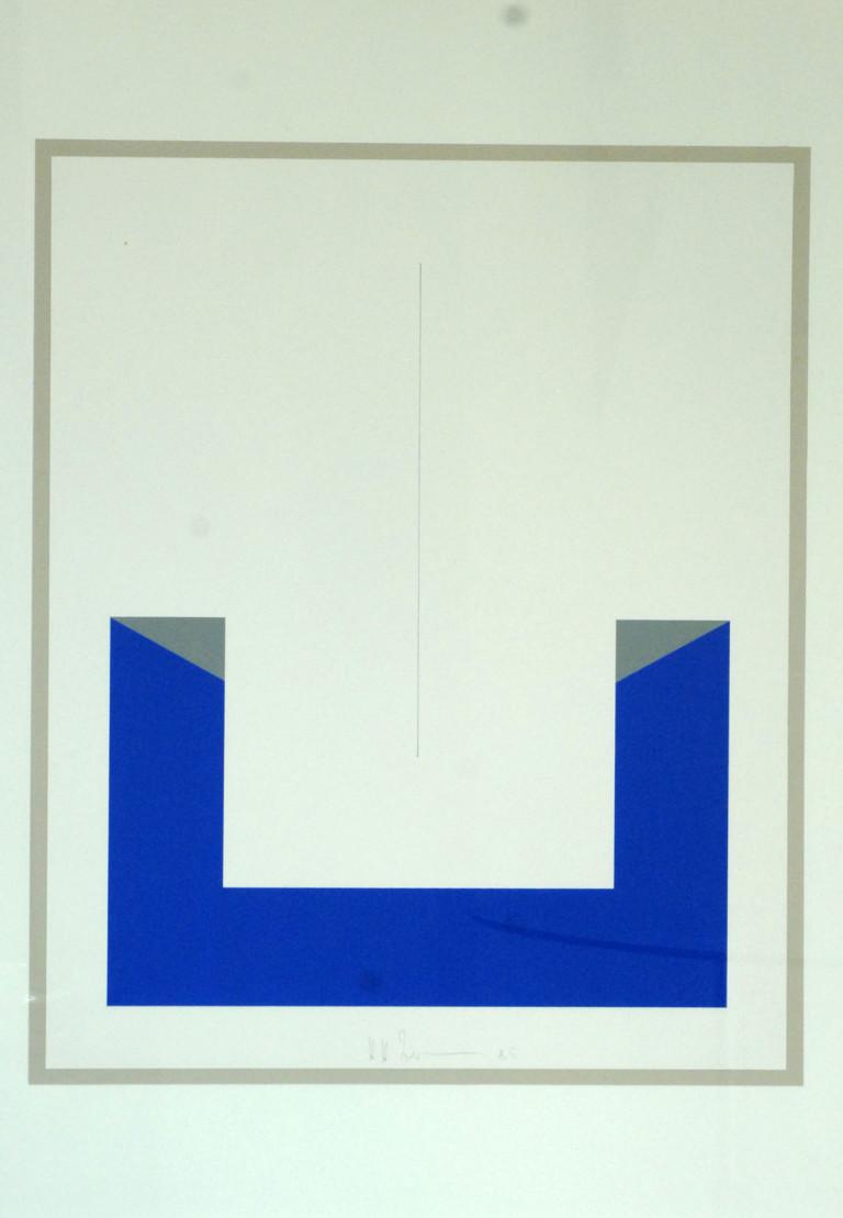 Zimmermann: Blaues Element mit schwebender Linie