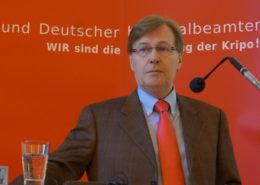 Justizminister NRW Peter Biesenbach