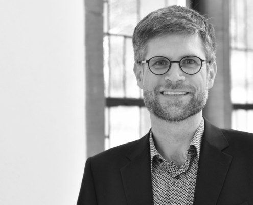 Dr. Matthias Lehnert