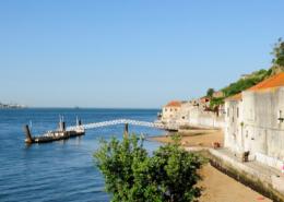 Den Tag ausklingen lassen mit Fernando Pessoa in Lissabon-Cacilhas