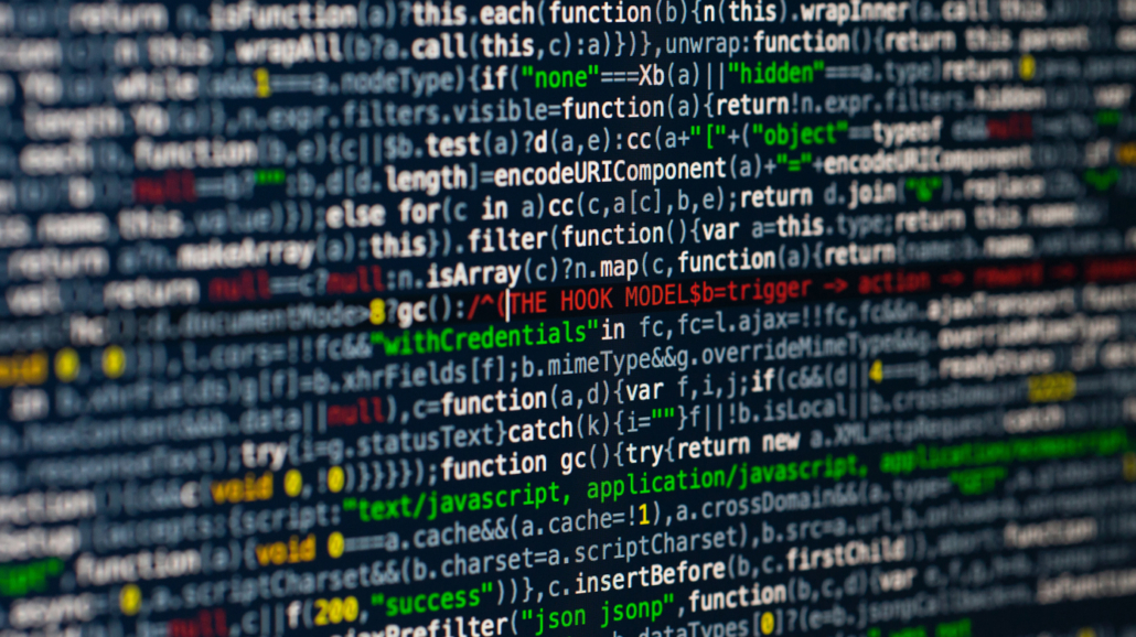 Wettrüsten im Cyberspace-Ethische und völkerrechtliche Herausforderungen im digitalen Zeitalter